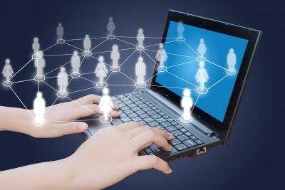 Közösségi média felderítése